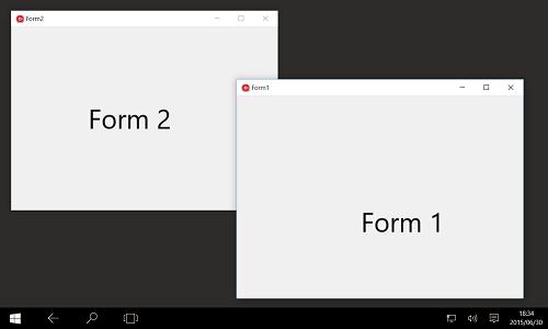 Windows 10 タブレット モードで、単一アプリが複数ウィンドウを表示している画面